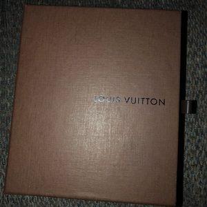 Louis Vuitton zip bifold never used